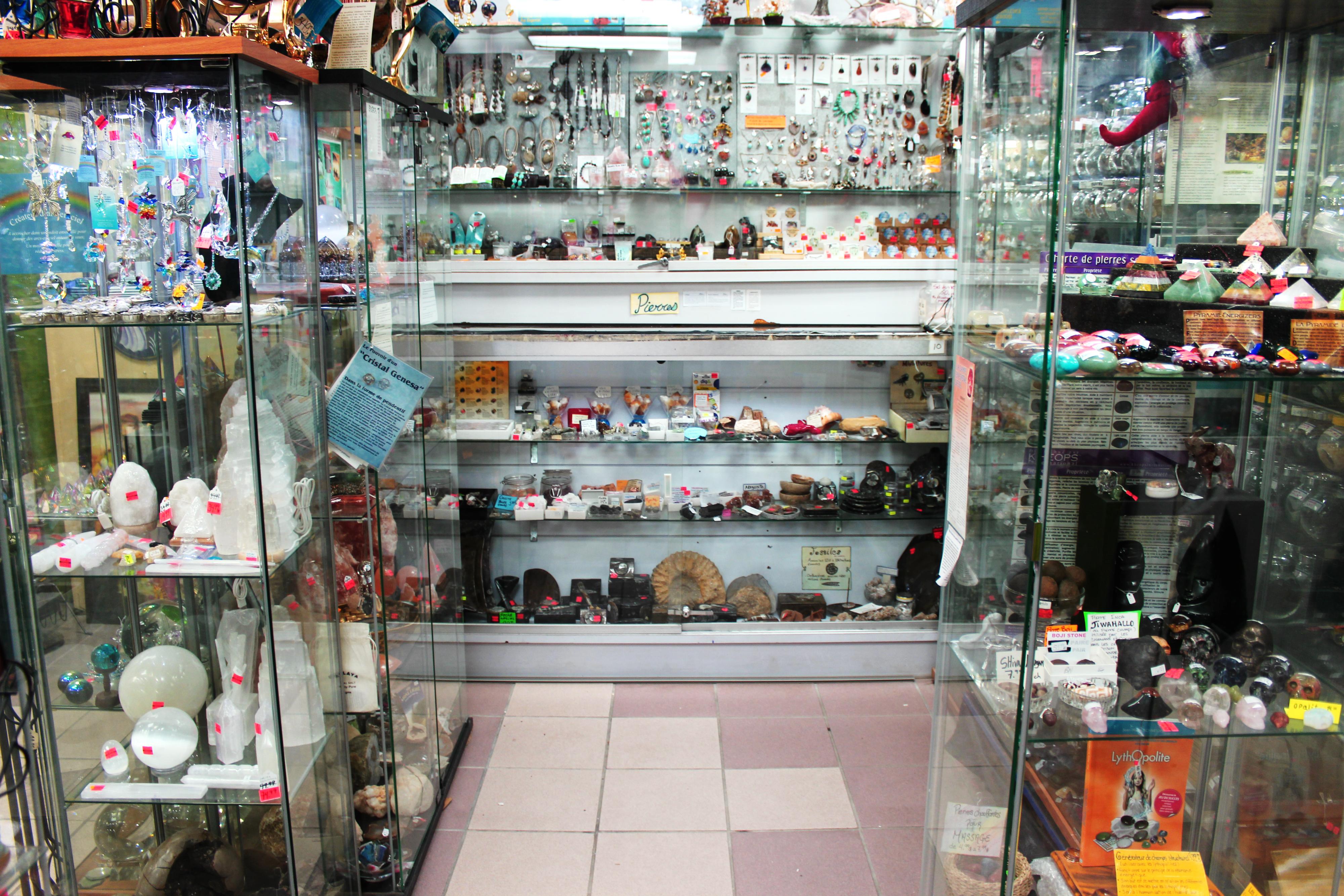 Produits ésotériques Rock Et Cadeaux Boutique Pikottine Montréal